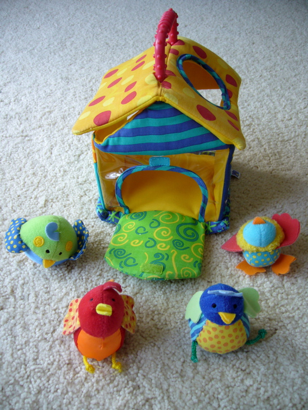 Manhattan bird house