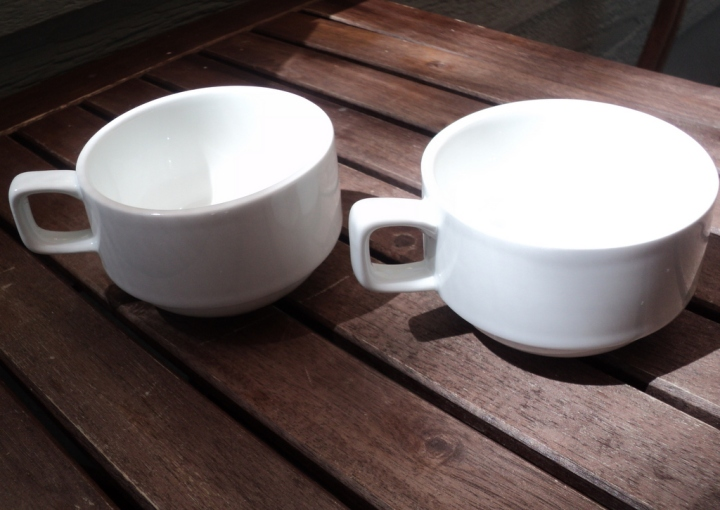white_teacups1