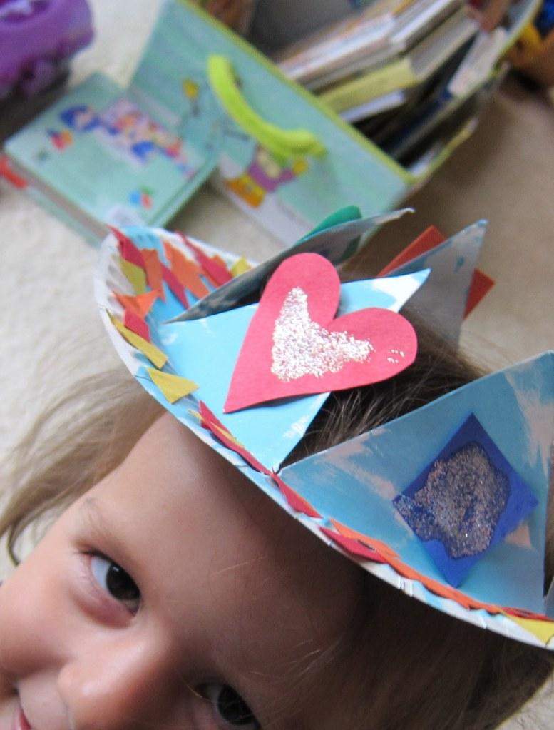 paper plate crown1