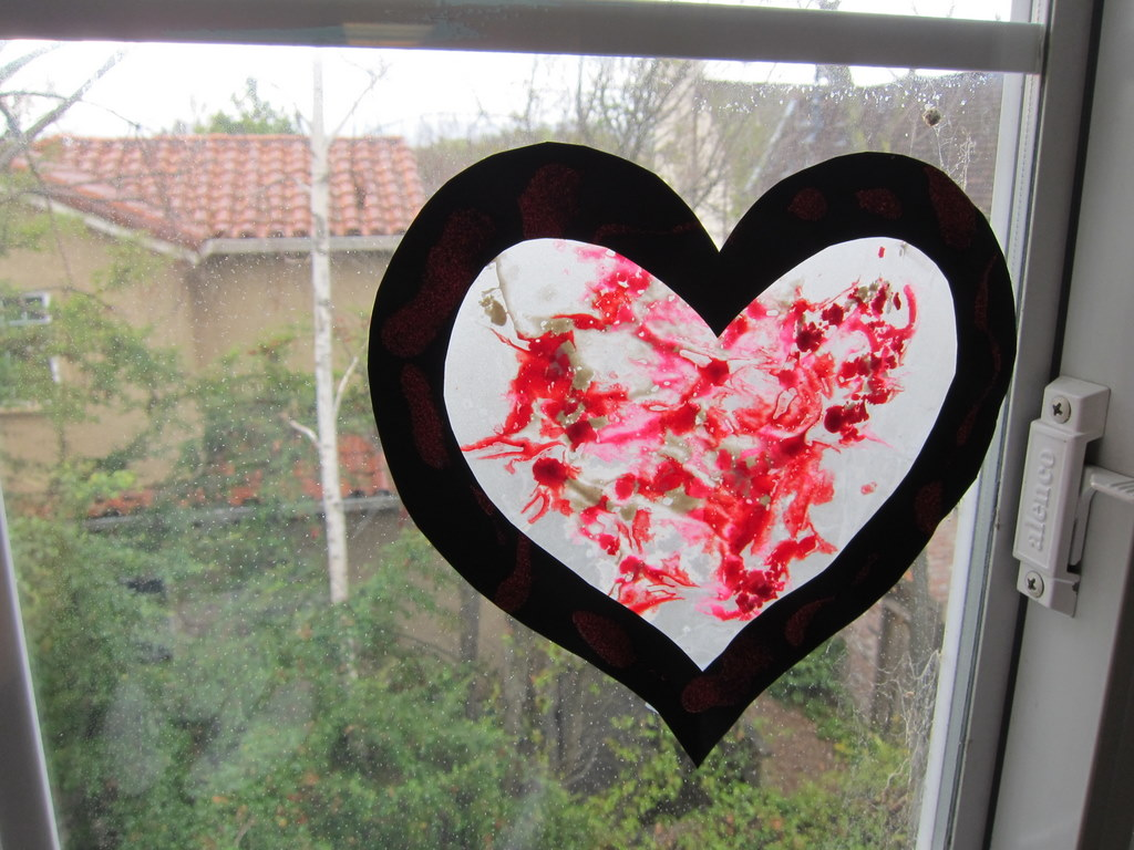 crayon heart3