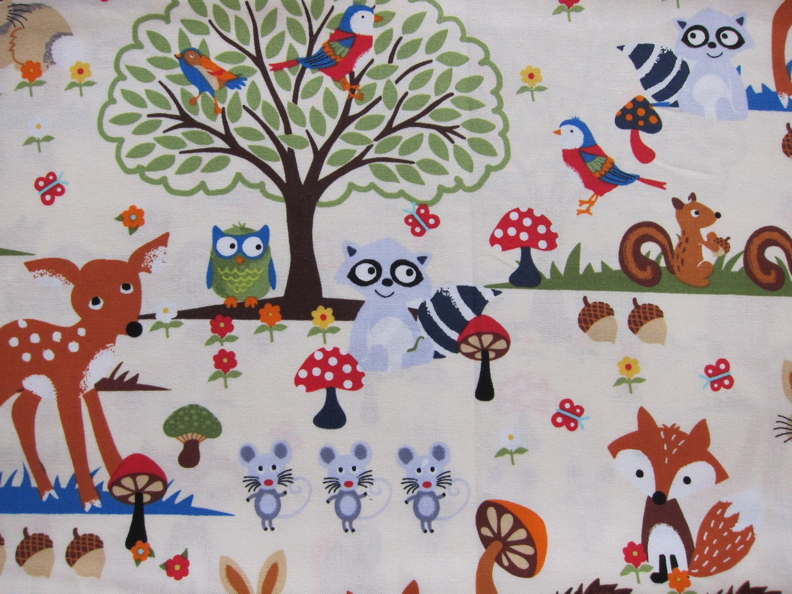 Sewing project curtains for the kids room margarete for Kids drapery fabric