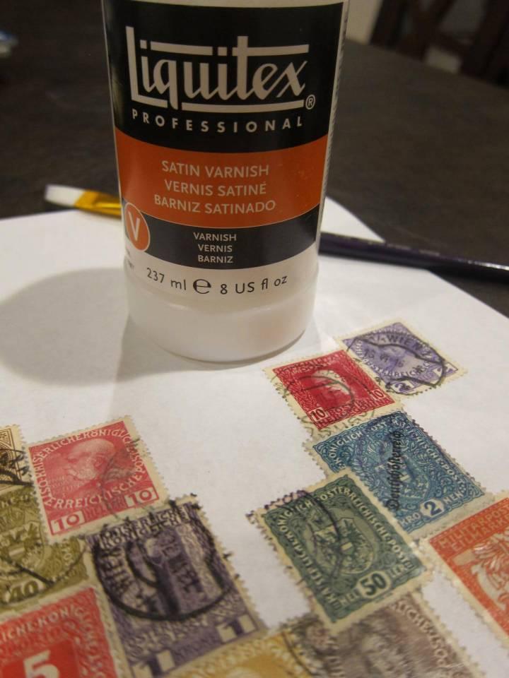use varnish to coat